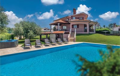 Photo for 4 bedroom accommodation in Nova Vas