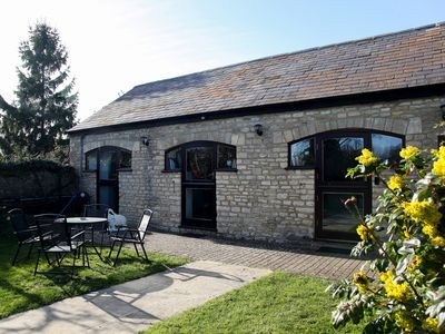 Stable Cottage - 2 Bed, Country Cottage close to Oxford