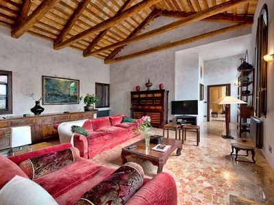 Photo for Marco Polo Luxury, a sumptuous apartment in the heart of Venice for 4 people
