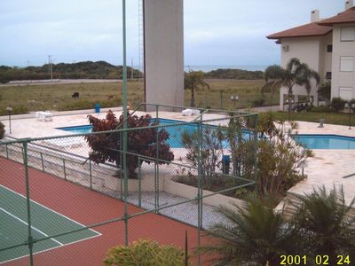 Photo for Excellent fit with swimming pool, tennis court / football, facing the sea.