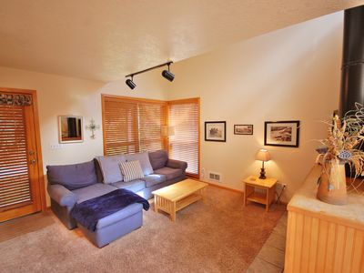 Photo for Walk to the beach, wifi, flat screens, pets ok, sleeps 9!