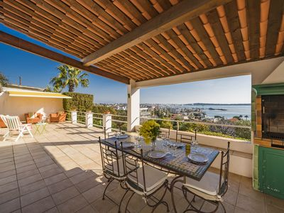 Photo for Villa panoramic sea view, 5 minutes walk from the beaches.