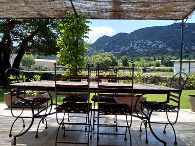 Photo for pretty villa at the foot of the Luberon