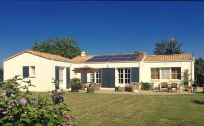 Photo for Peaceful B&B with pool, perfect for cyclists or access to Puy de Fou
