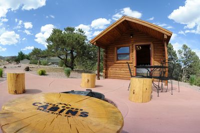 Pine Creek Cabin with patio and fire ring.