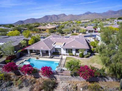Photo for Immaculate 4,100 sq ft 6 bedrooms 4.5  baths Scottsdale House , near TPT Golf