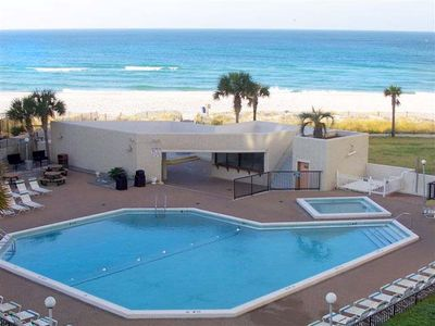 Sugar white sand beaches Top of the Gulf condo for rent by owner sleeps 1-6.