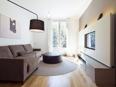 Photo for Spacious Diagonal Terrace  apartment in Eixample Dreta with WiFi, air conditioning, private terrace…