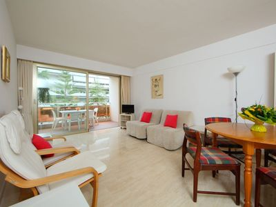 Photo for Apartment 1.2 km from the center of Cannes with Lift, Internet, Washing machine, Balcony (109023)