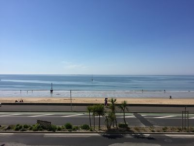 Photo for Apartment facing the sea 4/5 people, 60 m2, 2 bedrooms, bathroom, terrace, prox shops
