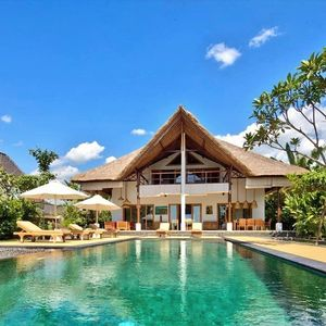 Photo for traditional & luxurious Beach Villa