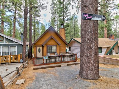 Photo for Quaint cabin in convenient location - 1 mi from Bear Mountain & Snow Summit!
