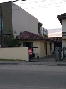 Photo for House in Guaratuba 70 meters from the beach