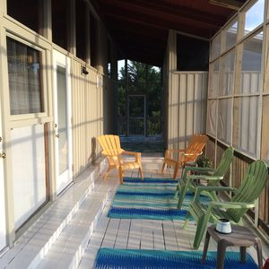 Sandbridge beach retreat with great screened vrbo for Breezeway screen room