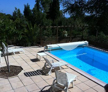 Photo for Provençal style house with private pool in a quiet and 5 minutes from the sea
