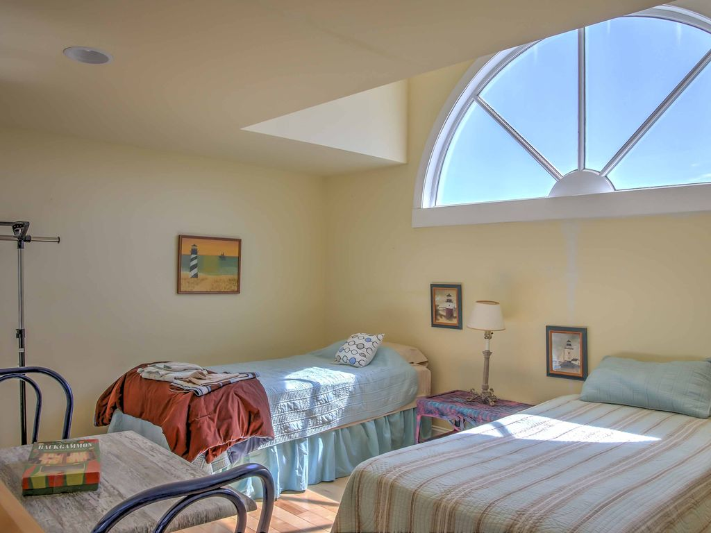 New! 4BR Marshallberg House on the Outer Banks!