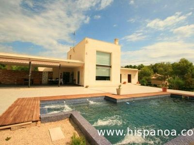 Photo for Modern villa with pool on the Costa Dorada in Ametlla de Mar