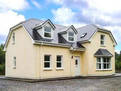 Photo for LOUNAGHAN HOUSE, pet friendly in Kenmare, County Kerry, Ref 924357