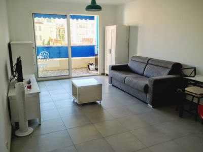 Photo for Bright studio 3 minutes from the beaches, JUAN LES PINS, WIFI + NETFLIX