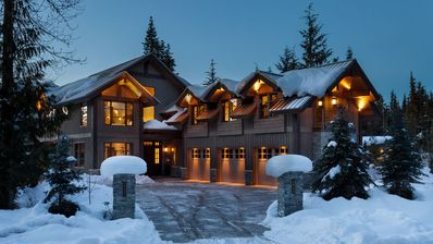 Photo for Stunning Ski In/Out Chalet w/ Hot Tub, Games Room + Private Gondola