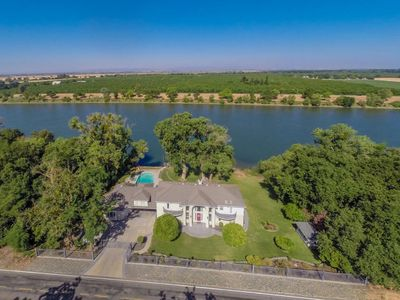 Photo for Majestic Sacramento River Dream House! Only Minutes From Sac Airport!