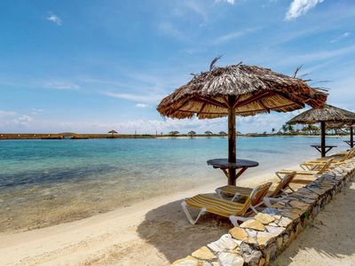 Photo for 6BR House Vacation Rental in Parrot Tree, Ro