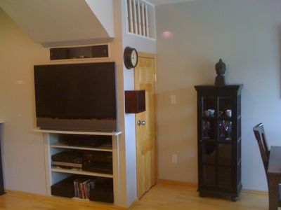 Photo for Cozy 2 bedroom condo, walk to downtown, Pearl St.
