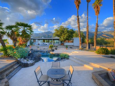 Photo for Modern beauty w/ private pool, amazing desert views & patio - dogs welcome!