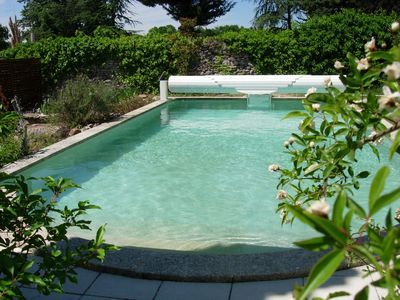 Photo for Pretty quiet villa with beautiful pool and garden in Uzes