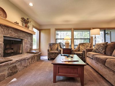 Photo for The Ridge at Sunriver - Condo #45 - Access provided to onsite seasonal swimming pool & tennis facilities, year-round hot tub plus 4 bikes