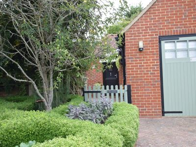 Photo for 1 bedroom Cottage in Chichester - 64619