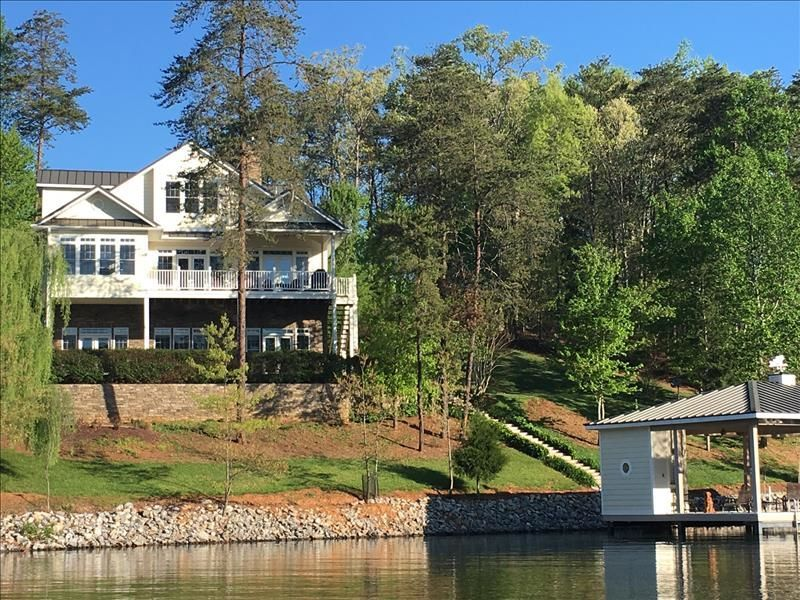 exquisite home and garden showplace. Lakeside Showplace Home w Great Dock Sleeps  HomeAway Huddleston