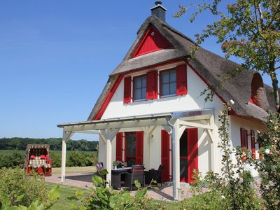 Photo for Thatched Cottage in 1. Row to the Baltic Sea - near the Hanseatic city Wismar