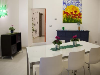 Photo for Lovely Boutique Flat, High Ceiling, sweet and spacious.