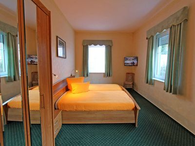 Photo for Double room SEE 9712 - Pension directly on the lake - Fürstenberg SEE 9710