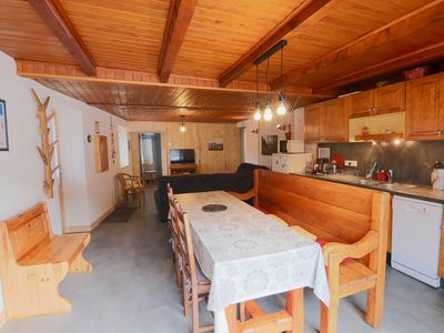 Photo for Fully equipped 6-person apartment at the foot of the Paradiski ski area