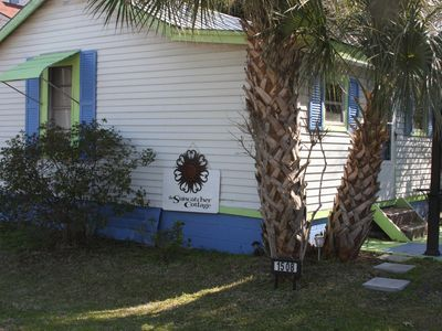 Photo for Charming 1 bedroom 1 bath cottage close to shops and south beach