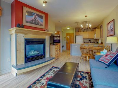 Photo for Walk to slopes from this cozy 1 bedroom condo w/pool, hot tub, & fitness!