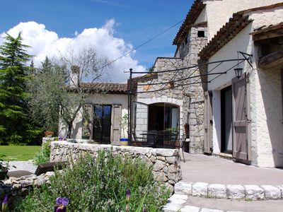 Photo for Spacious Provencal Villa with Swimming Pool