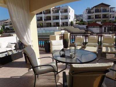 Photo for Luxury 5*apartment, free WIFI & air con, 2 Pools, Gym/TableTennis/Pool Tble