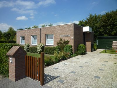 Photo for Holiday house, 5 persons, W-LAN, quiet location, near the Veerse Meer, dogs allowed