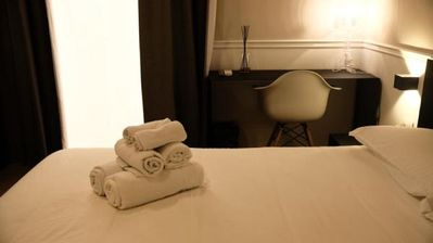 Photo for Dante Boutique Rooms - Room 2 - Bed&Breakfast for 2 people in Napoli