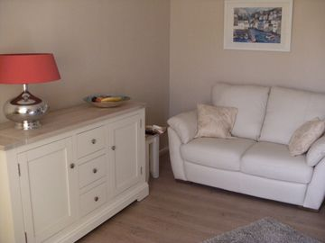 York City centre apartment with garden and secure parking.