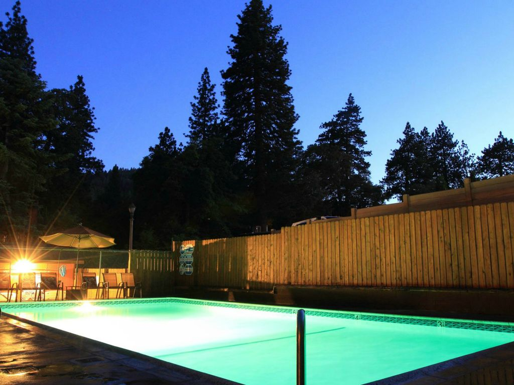 Blue Bird Suite Cabin With Pool And Spa Crestline Big Bear And Inland Empire California