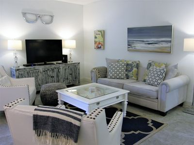"Photo for Stunning Luxury ""SEA SALT CONDO"" mins to Clearwater Beach w/Salt Wtr Pool, Gym"