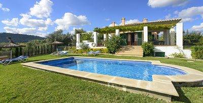 Photo for 3 bedroom Villa, sleeps 6 in Alcúdia