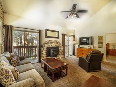 Photo for Walkable Corner Unit w/ Pool, Hot Tub & Tennis - 4 min. to Lifts and Golf!