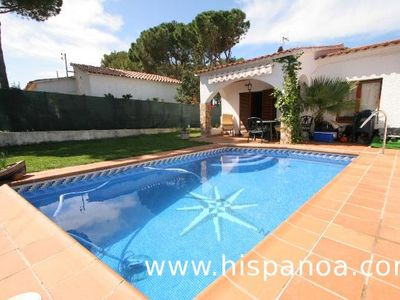 Photo for Renting this holiday villa in Escala with swimming pool