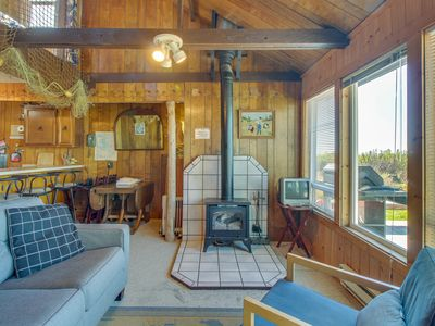 Photo for Cozy and oceanfront dog-friendly cabin on the beach with views!