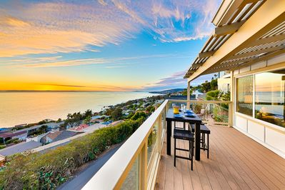 Unobstructed sweeping coastal views for miles.